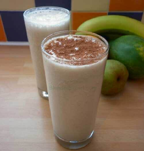 A hi fiber pear and apple smoothie
